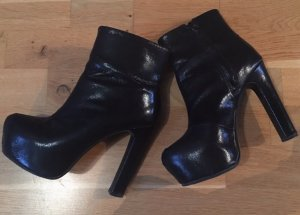 H&M Divided Platform Booties black