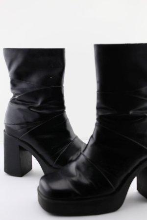 Plateau-Stiefeletten schwarz