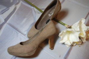 Plateaupumps von S.Oliver in taupe