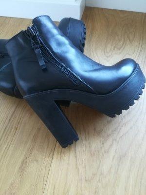 Sacha Low boot noir cuir