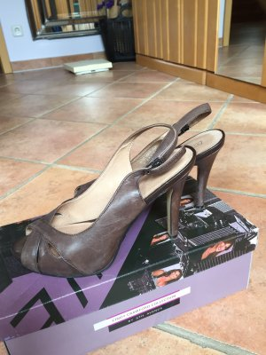 5th Avenue Platform High-Heeled Sandal brown leather
