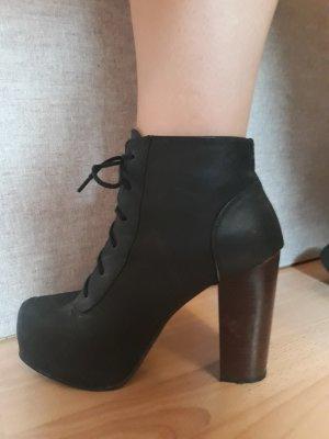 Plato High Heels