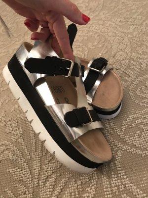 Platteau slippers black silver leather