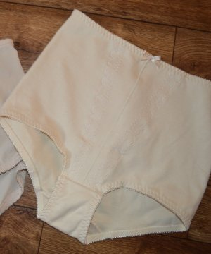 Playtex Damen, Miederslip in beige Gr. 40 Top