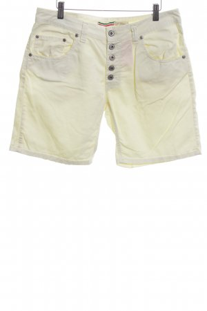 Please Bermudas primrose casual look