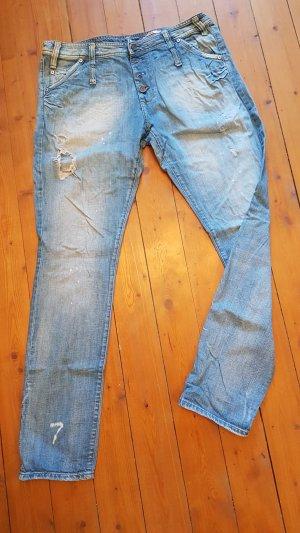 Please Boyfriend Jeans