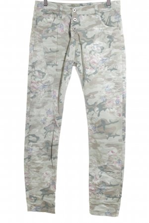 Please High-Waist Hose Camouflagemuster Street-Fashion-Look