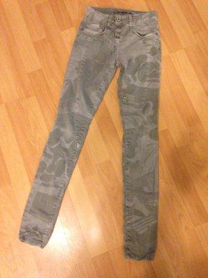 PLEASE Italy Damen Jeans Boyfriend XS 32 34 36 Camouflage Khaki Army Hose TOPz