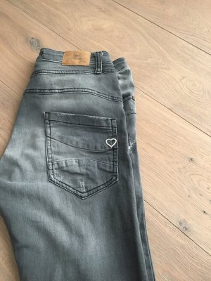 Please Italy Jeans Gr.M Neu!