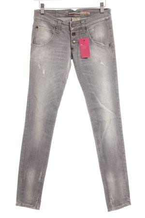 Please Skinny Jeans hellgrau Street-Fashion-Look