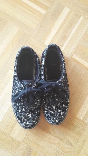 Plimsole Sneaker mit Leo-Muster