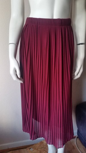 Pleated Skirt carmine