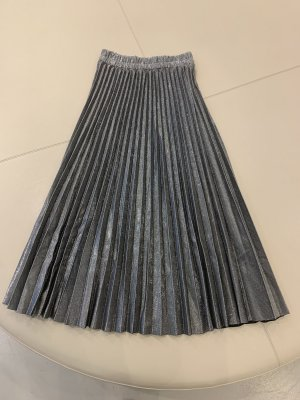 Pleated Skirt silver-colored