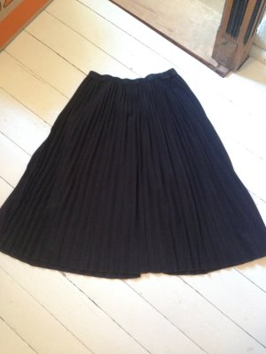 Cyrillus Pleated Skirt black-silver-colored