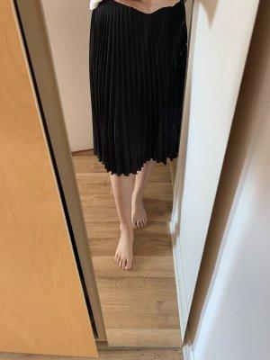 Mango Pleated Skirt black