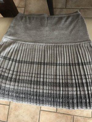 Marc Cain Pleated Skirt grey