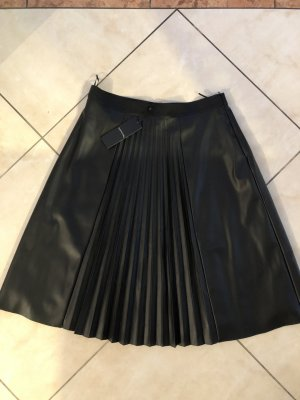 Comma Leather Skirt black