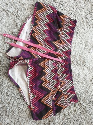 PLUSMINUS created by Chiemsee Swimming Trunk pink-purple