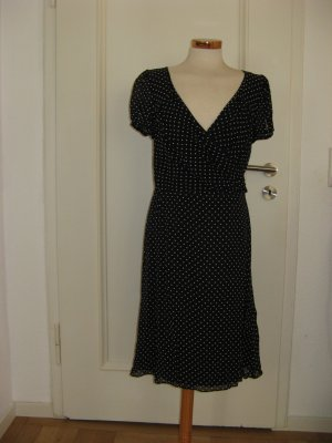 Polkadot Kleid in Wickeloptik von Angie-the event collection