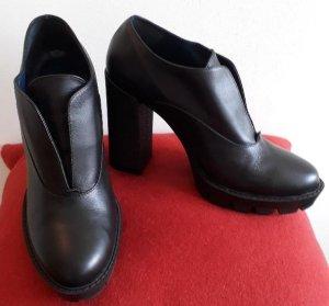 Pollini-Schuhe