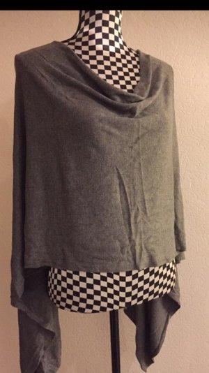 Takko Knitted Poncho grey