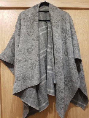 Poncho gris claro-gris
