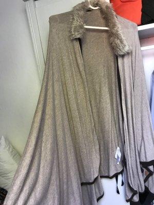 C&A Abrigo de piel beige