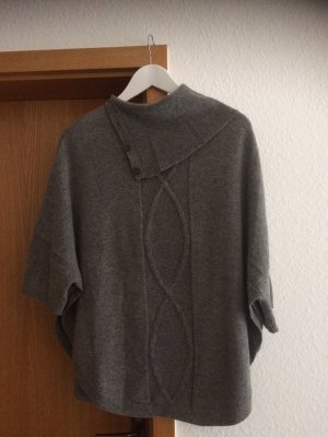 Christian Berg Knitted Poncho grey