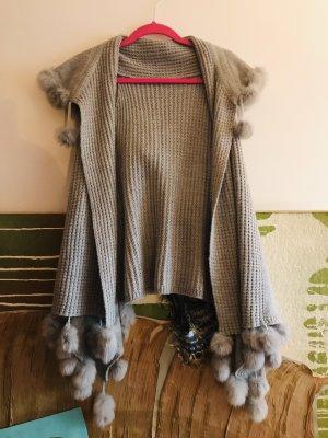 Gilet tricoté gris clair