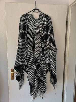 Poncho white-black