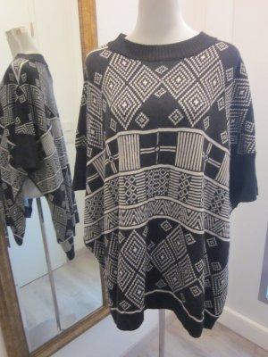 Poncho Pullover Ethno schwarz weiss Strick Gr S/M