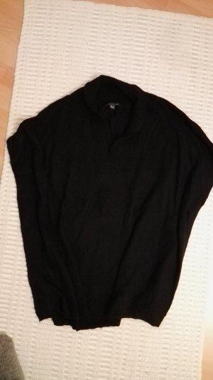 Violeta Poncho in maglia nero