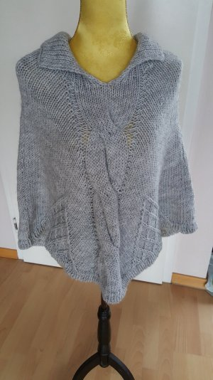 Aust Poncho light grey