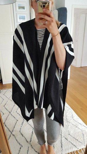 More & More Poncho negro-blanco