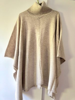 Paraphrase Knitted Poncho natural white