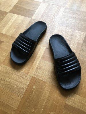 Sandalias de playa negro