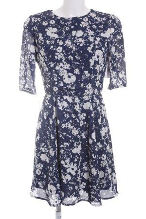 Poppy Lux Chiffonkleid blau-weiß florales Muster Boho-Look