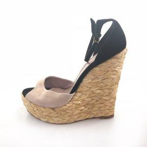 Powder Color  Gucci High Heel