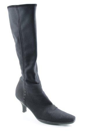 Prada Botas con tacón negro elegante