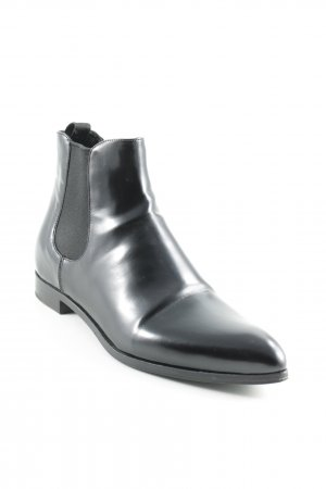 Prada Booties schwarz Business-Look