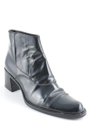 Prada Booties schwarz Elegant
