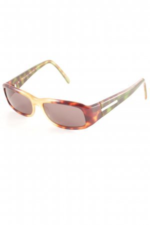 Prada Glasses color gradient casual look