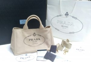 Prada Shopper beige