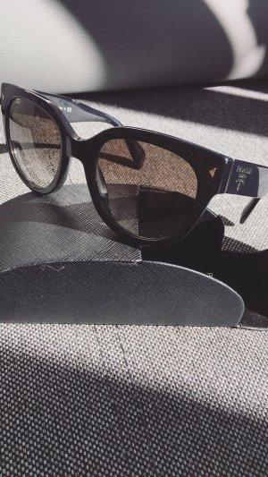 Prada Cat Eye Sonnenbrille Schwarz