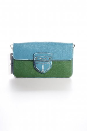 Prada Clutch grün-kadettblau Logo-Applikation aus Metall