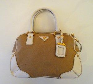 PRADA Damen Handtasche in beige/weiß mit Gold + Neu + Ungetragen goldenen Applikationen