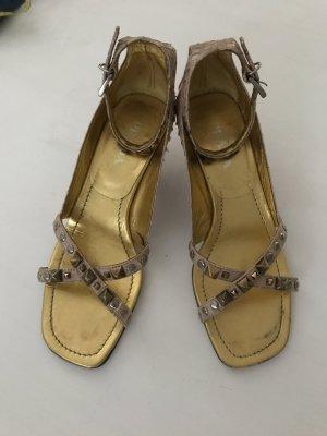 Prada elegante Kitten heel sling Pumps Leder Sandaletten 37
