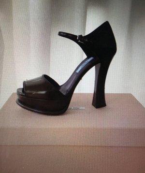 PRADA Fashion Show Pumps, aus Spazzolato, Farbe Militare (olivgrün), Gr, 36,5