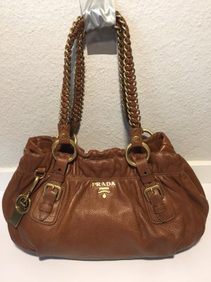Prada Handtasche mit Kettenhenkel