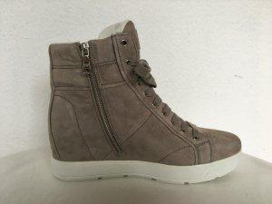 Prada, High Top Sneaker, Suede, 41, grau-taupe (pomice), neu, € 600,-